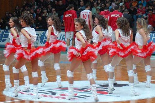 Галерия към: Качеството на българските мажоретки!?