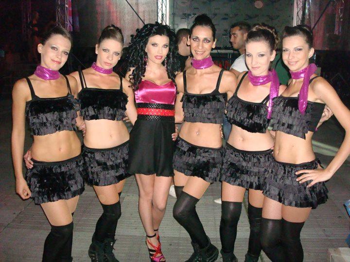 Галерия към: Балет ФИОРЕ - тренировка за влизане във форма, мажоретен състав или много повече от танци?
