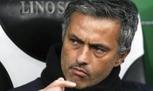 Жозе Моуриньо дърпа уши за килограми в Реал Мадрид