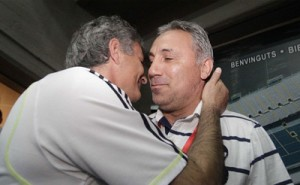 Моуриньо поканил Стоичков на Реал-Барса
